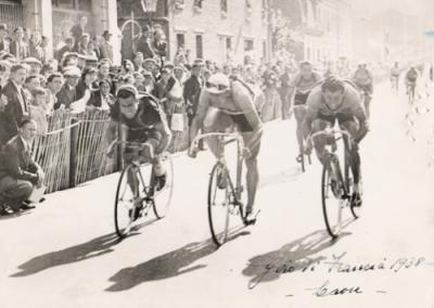 Vittoria-Laon-al-Tour-de-France-1938-500x358